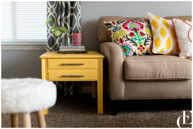 Superbe A Pop Of Yellow (living Room End Table Diy)