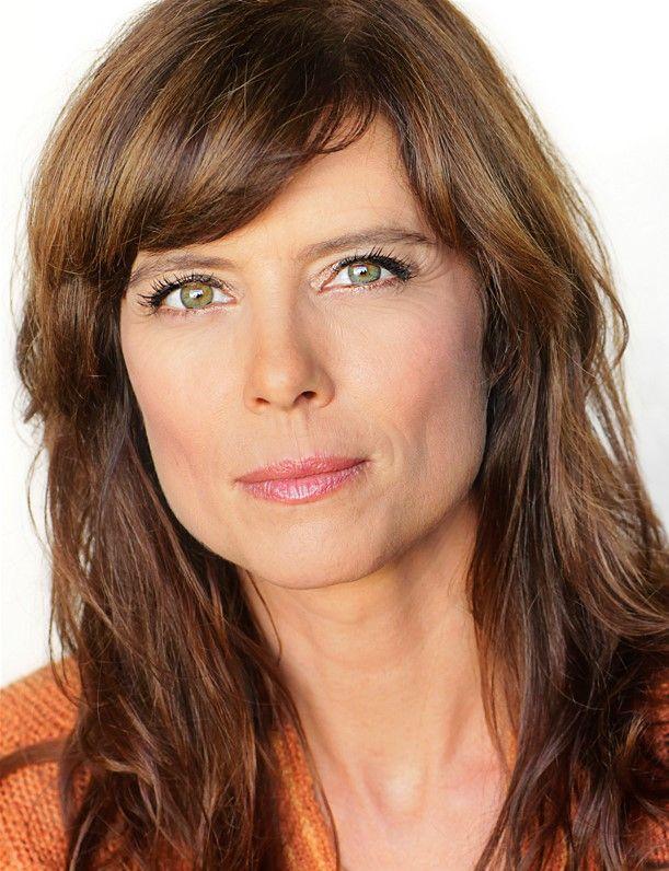 Torri Higginson   Elizabeth weir, Stargate, Celebrities