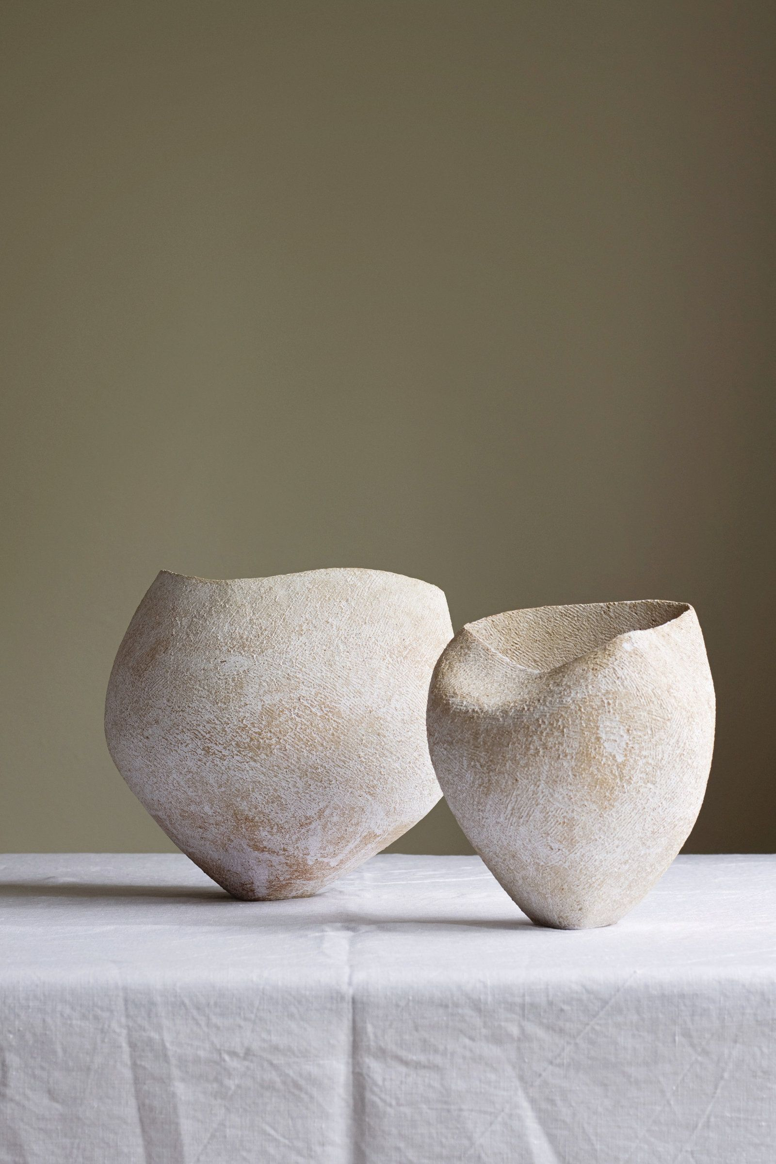 Pin By Suzonne Stirling On Keramiikka Ceramic Artists Ceramic Vessel Pottery Sculpture