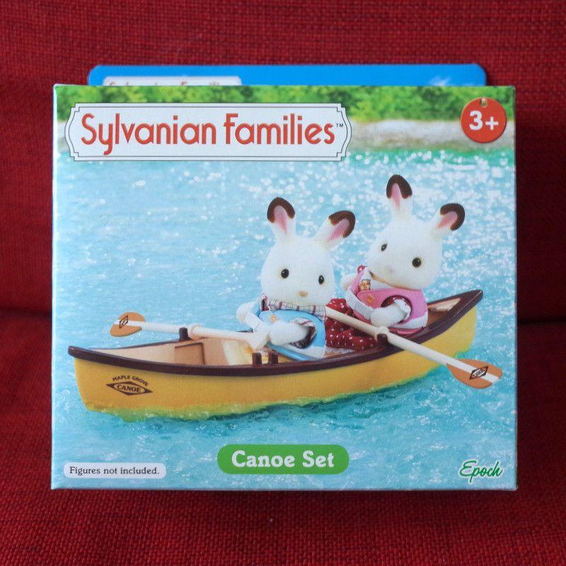 Car F over 09 of Sylvanian Families cake