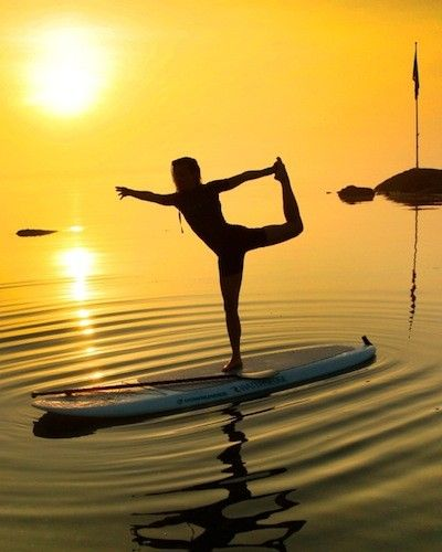 Stand Up Paddleboard Yoga On The Long Island Sound Gorgeous Slideshow Paddle Board Yoga Paddle Boarding Surfing
