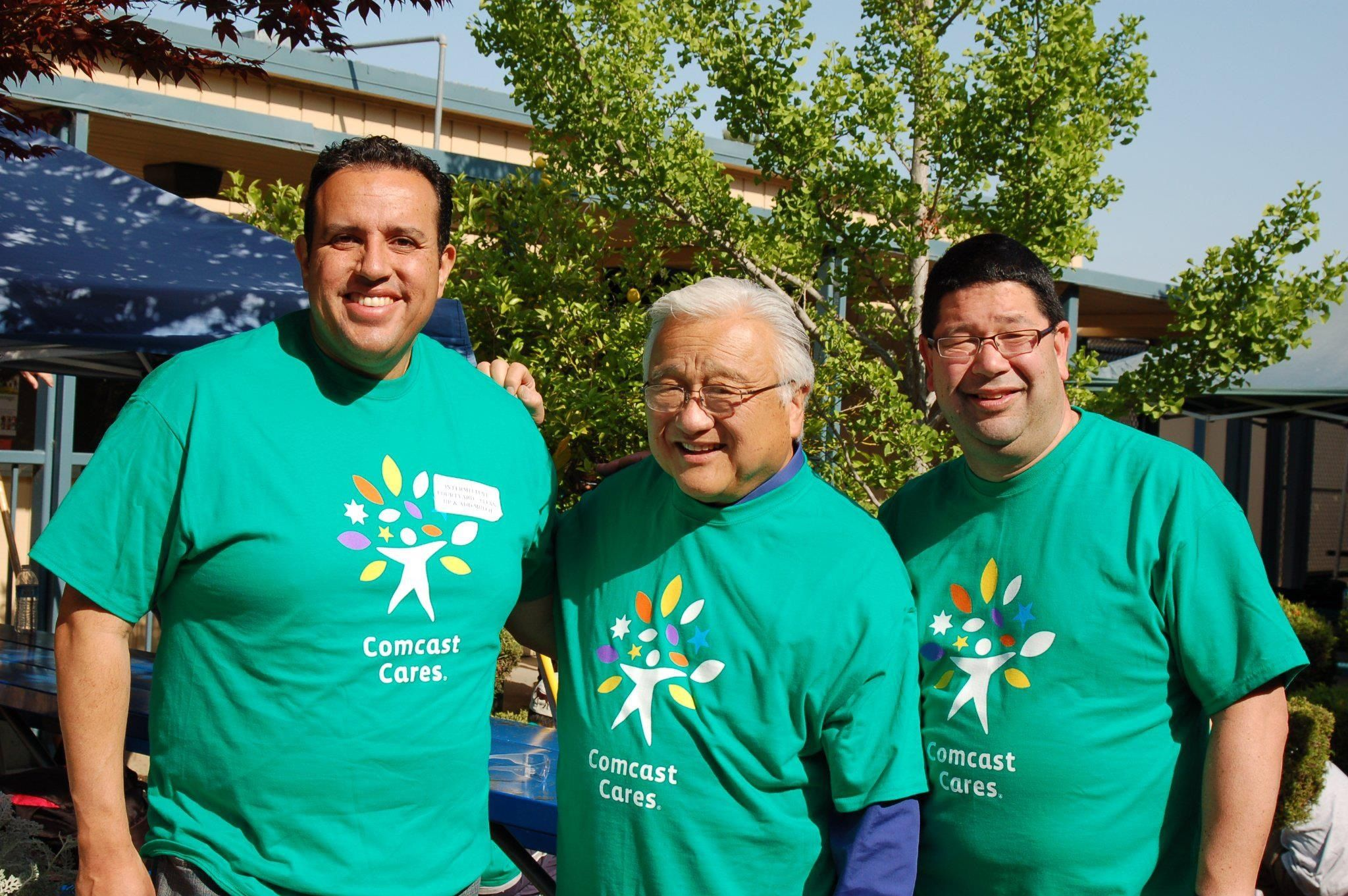 """Here's another great pic from Saturday's """"Comcast Cares Day"""" at Curtner Elementary in Milipitas, Calif. (L - R): Milpitas Councilmember Armando Gomez; U.S. Congressman Mike Honda; and John Gutierrez, Comcast Government Affairs Director."""