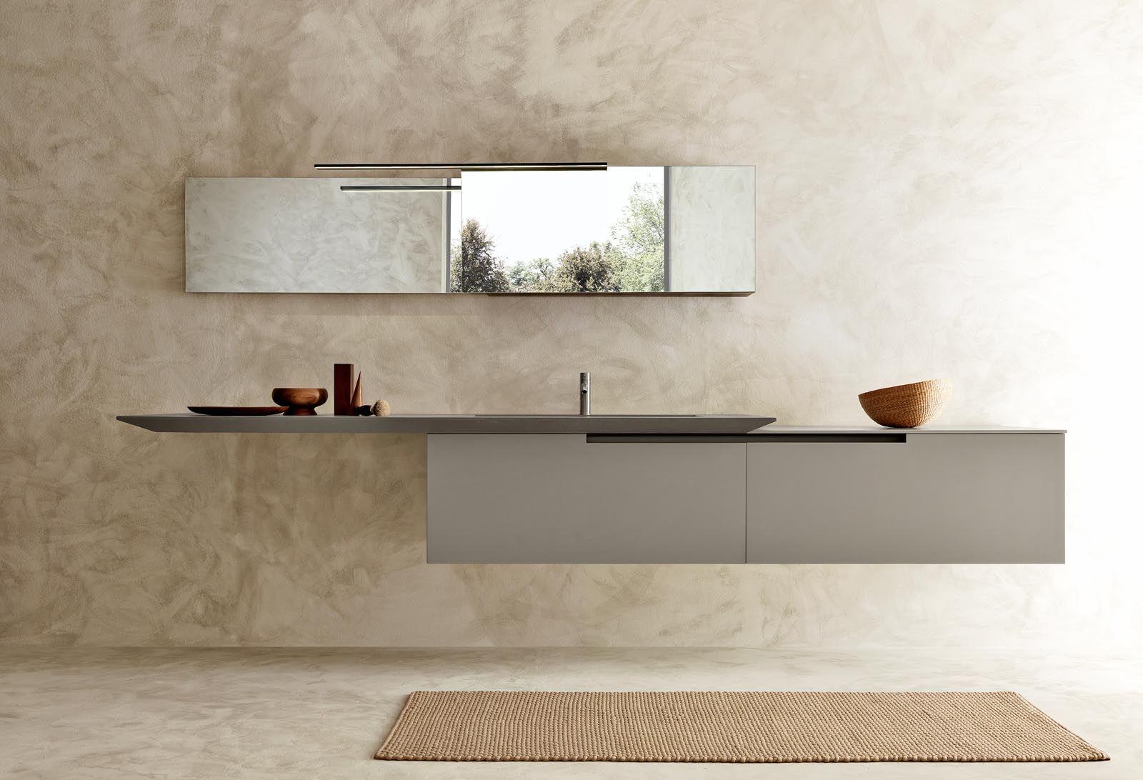 Italiaanse badkamer met design badkamermeubel moon van modulnova