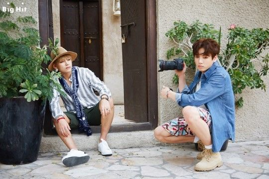 V and Jungkook <3