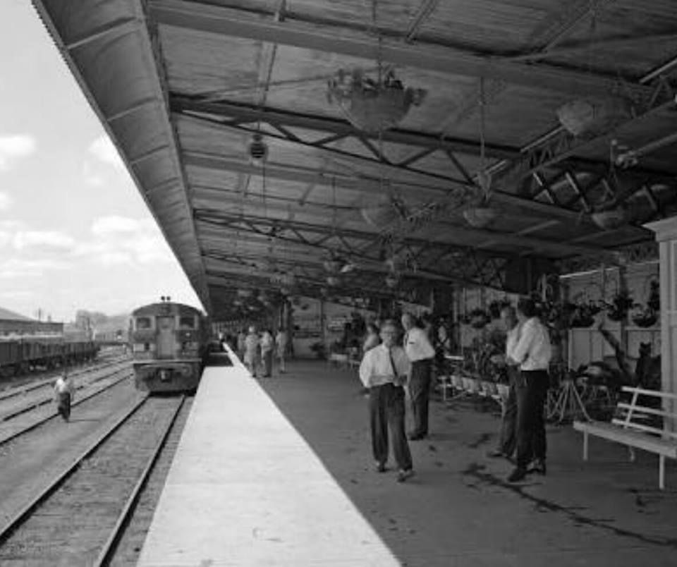 Brisbane And Melbourne: South Brisbane Railway Station