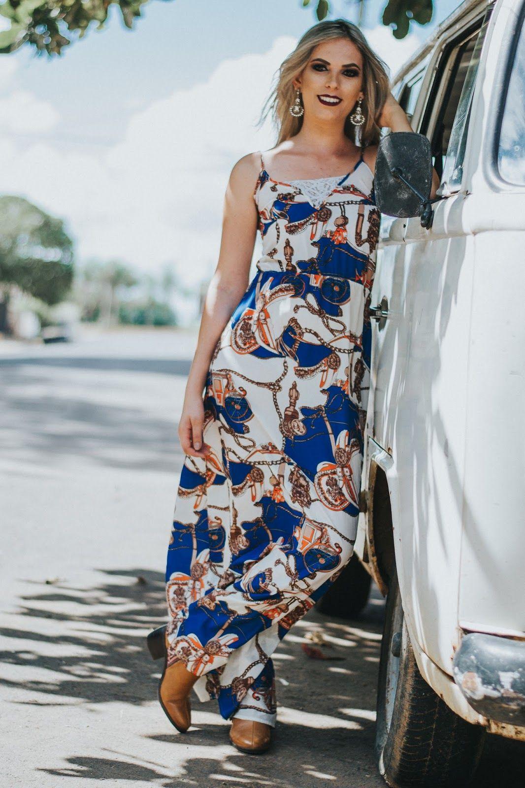 Imagens vestido longo com bota