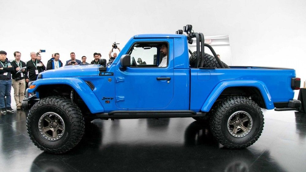 Jeep® Gladiator to reign over Easter Jeep Safari in Moab
