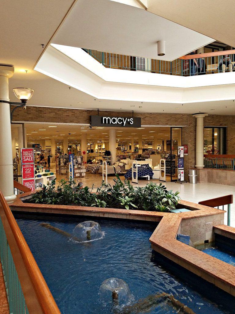 Woodbridge Center Mall