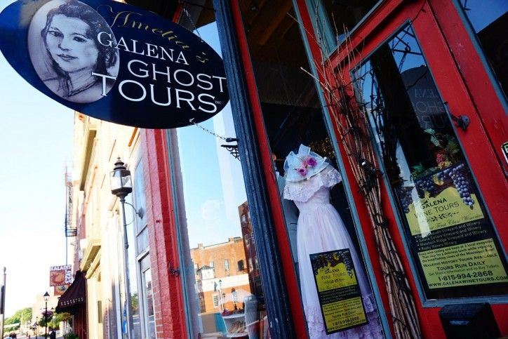 """Japanese travel writer Kana, gives her tips for traveling in America...Galena is a """"MUST GO!"""""""