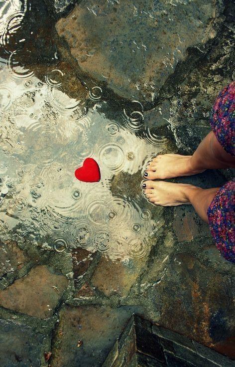 Pinterest Saskiax I Love Rain Love Rain Dancing In The Rain