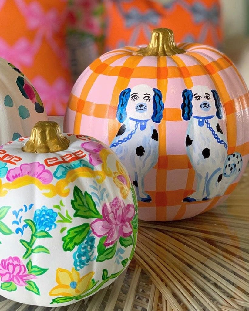 Pin By Melissa Rice On Holiday Home Chinoiserie Decorating Painted Pumpkins Pumpkin Decorating