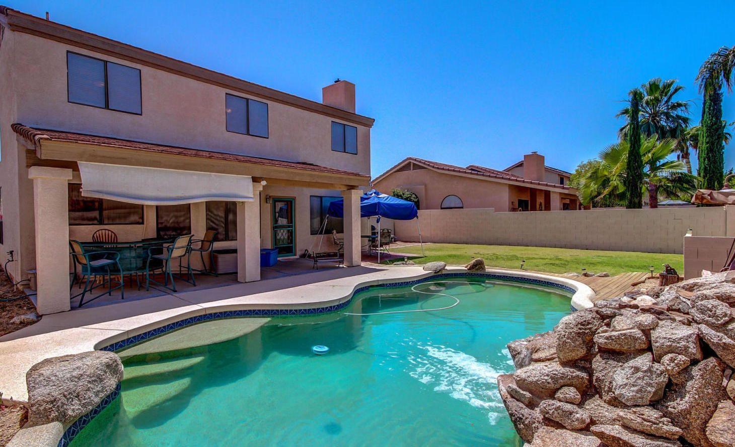 Phoenix 4 Bedroom Homes With Pools Under 400 000 Phoenix Az Area Real Estate Surprise Arizona Pool Houses Pool Prices Pool