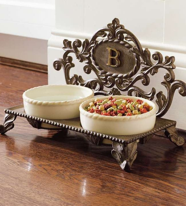 Pamper Your Pet With This Elegant Cast Iron Personalized