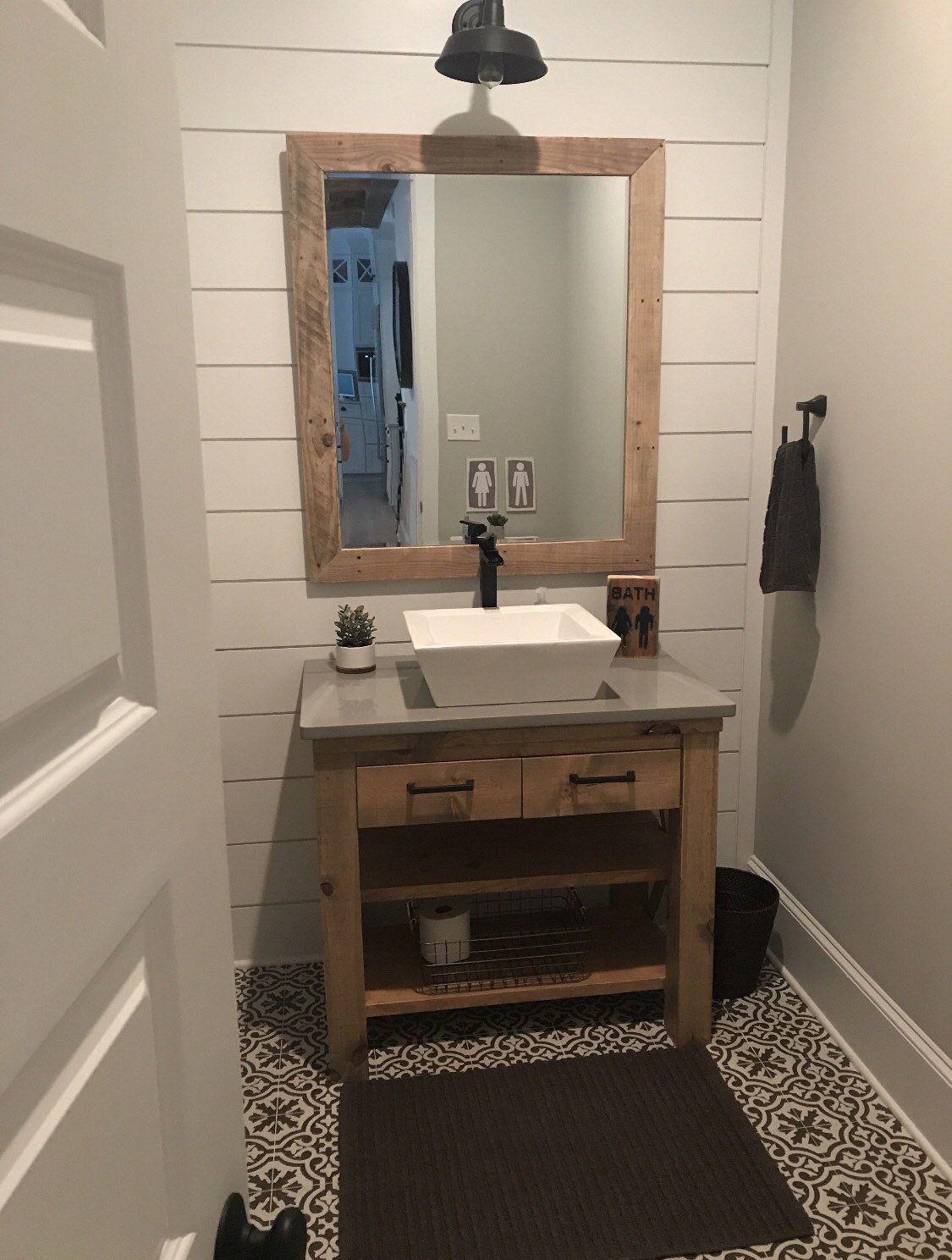 Apartment Barn Bathro Bathroom Bathroom Design Bathroom Design Tool Bathroom Ideas Bathroom Idea In 2020 Badezimmerwaschtisch Rote Badezimmer Badezimmer Themen