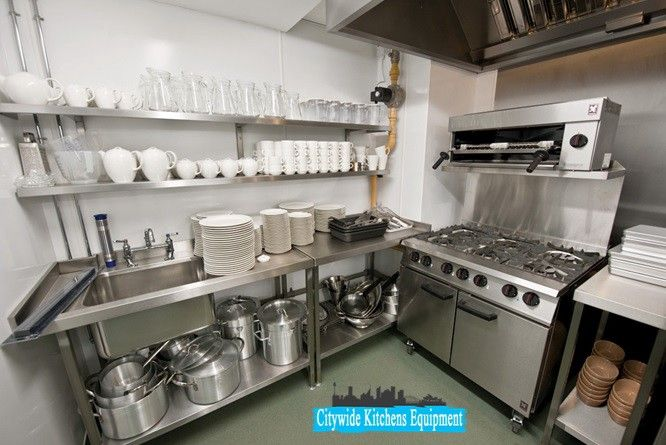 5 Facilities You Can Enjoy While Buying Catering Equipment Online