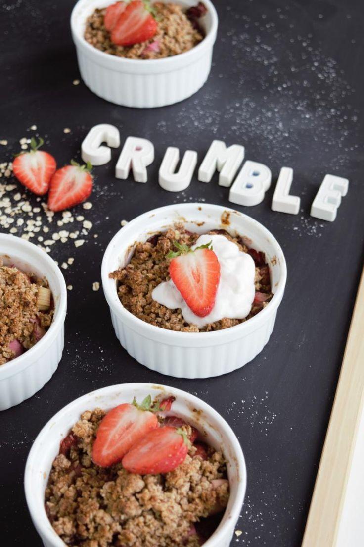 Healthy crumble with oatmeal   - Frühstücksideen -