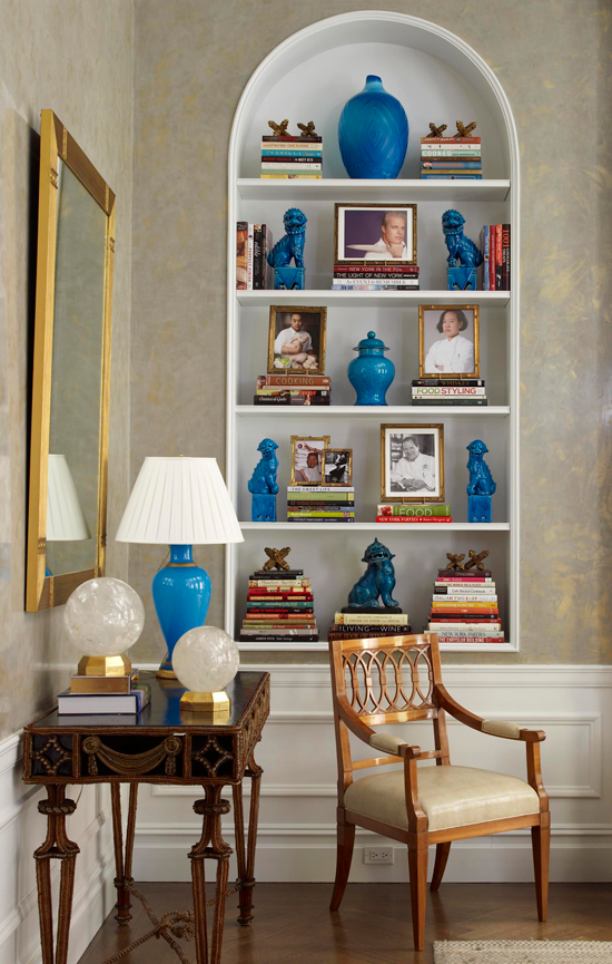 Corner Showcase Designs For Living Room: Arrange Shelves To Showcase Collections