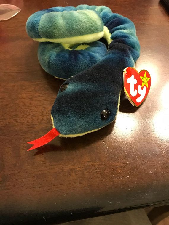 88ca0f2899a Very Rare and Retired Hissy Beanie Baby with Multiple Tag Errors ...