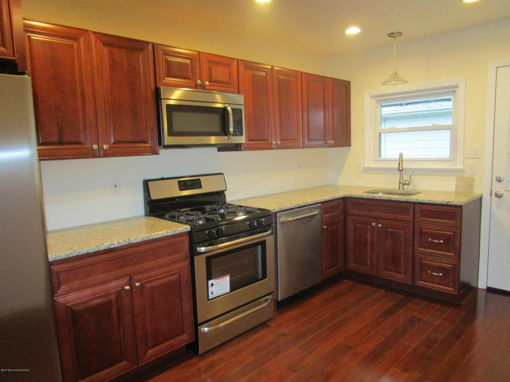 Home For Sale 481 Jamaica Boulevard Toms River Nj Homes Land Interior Exterior Doors Sale House Renting A House