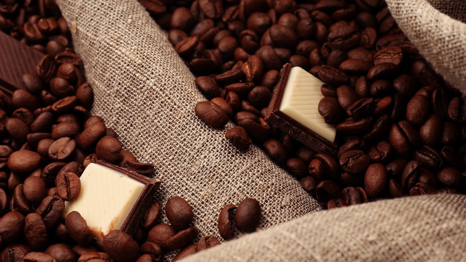 Showcase Of Delicious And Beautiful Chocolate Wallpapers And Hd