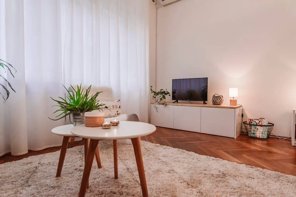 Apt Gallery 5 Min To Main Square Apartments For Rent In Zagreb Zagreb County Croatia Apartment Design Apartments For Rent Design District