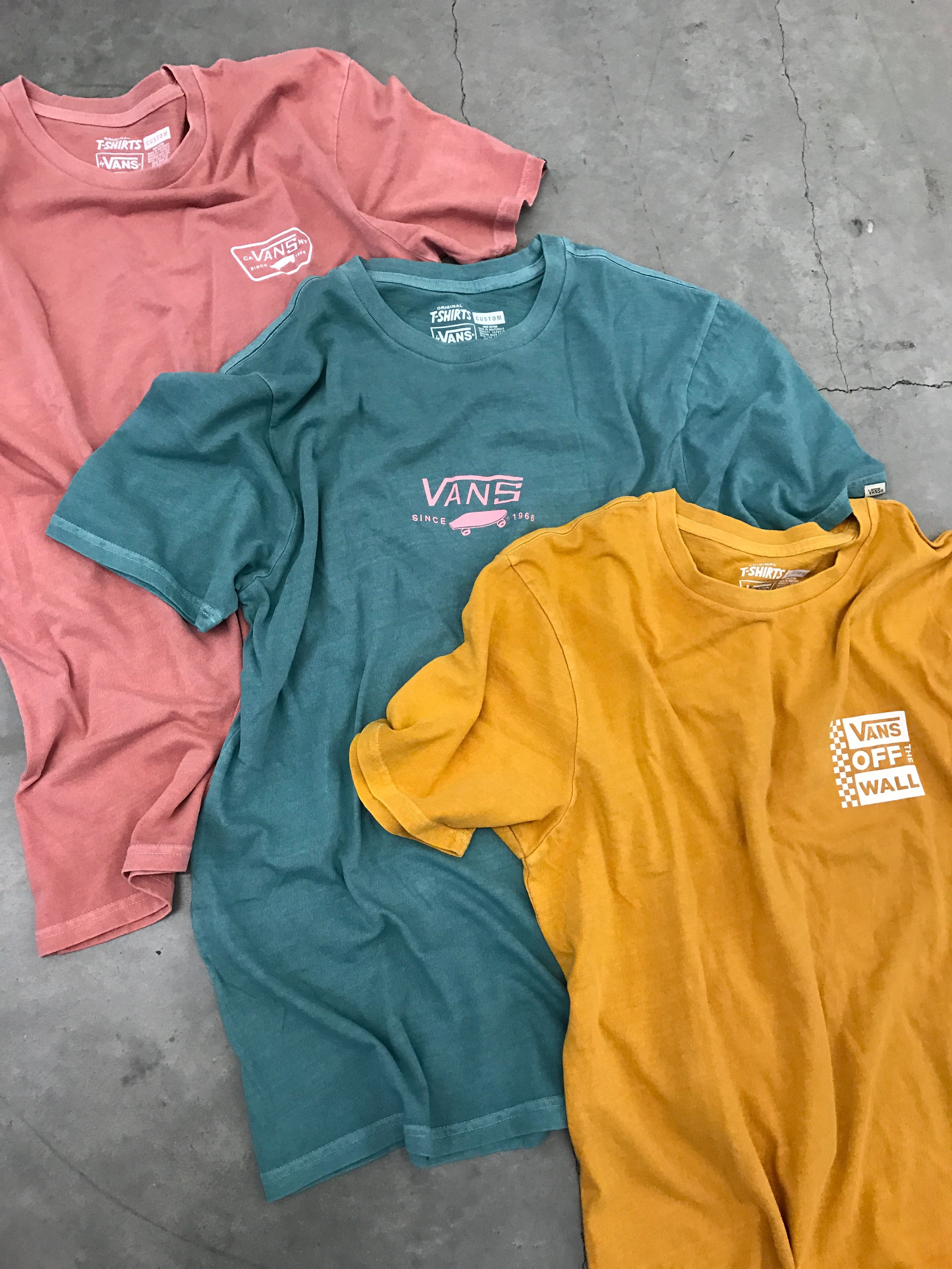 b526ccc7892c Vans Pigment Tees | vans in 2019 | Fashion, Outfits, Clothes