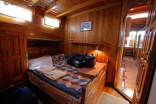 Pin By Greenpoint Brooklyn On Nautical Cabin Interiors