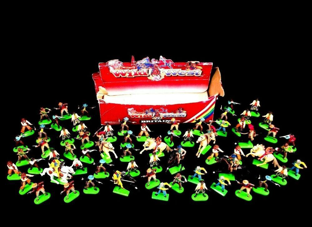 Huge Lot 1971 Britain Metal Cowboys Indians Figures Vintage Deetail Toy Soldiers Britainsdeetail Wild West Cowboys Things To Sell Toy Soldiers