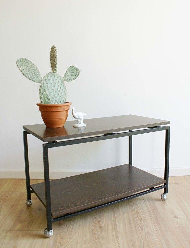 Industri le vintage sidetable hout metalen retro bijzet tv tafel op wielen flat sheep - Tafel tv vintage ...