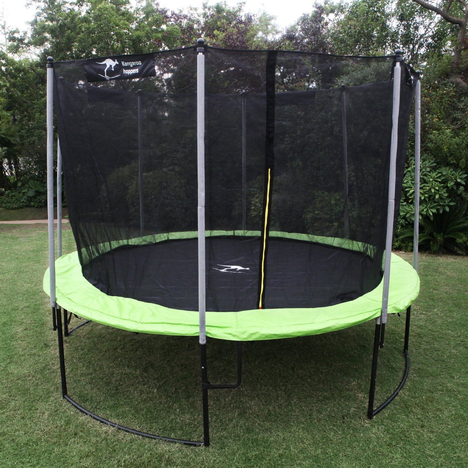 Kangaroo Hoppers 12-Feet Round Trampoline with Safety Net ...