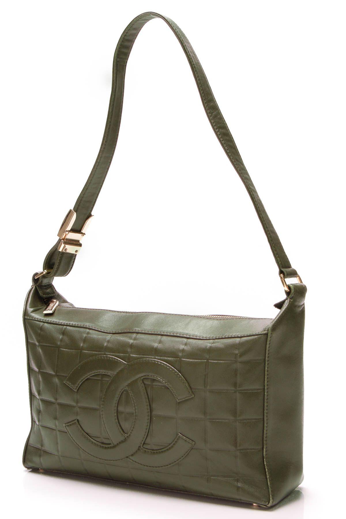 7503ab769779 Chanel Chocolate Bar Shoulder Bag - Olive Green Lambskin