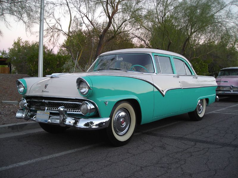 Example of Sea Sprite Green paint on a 1955 Ford Fairlane