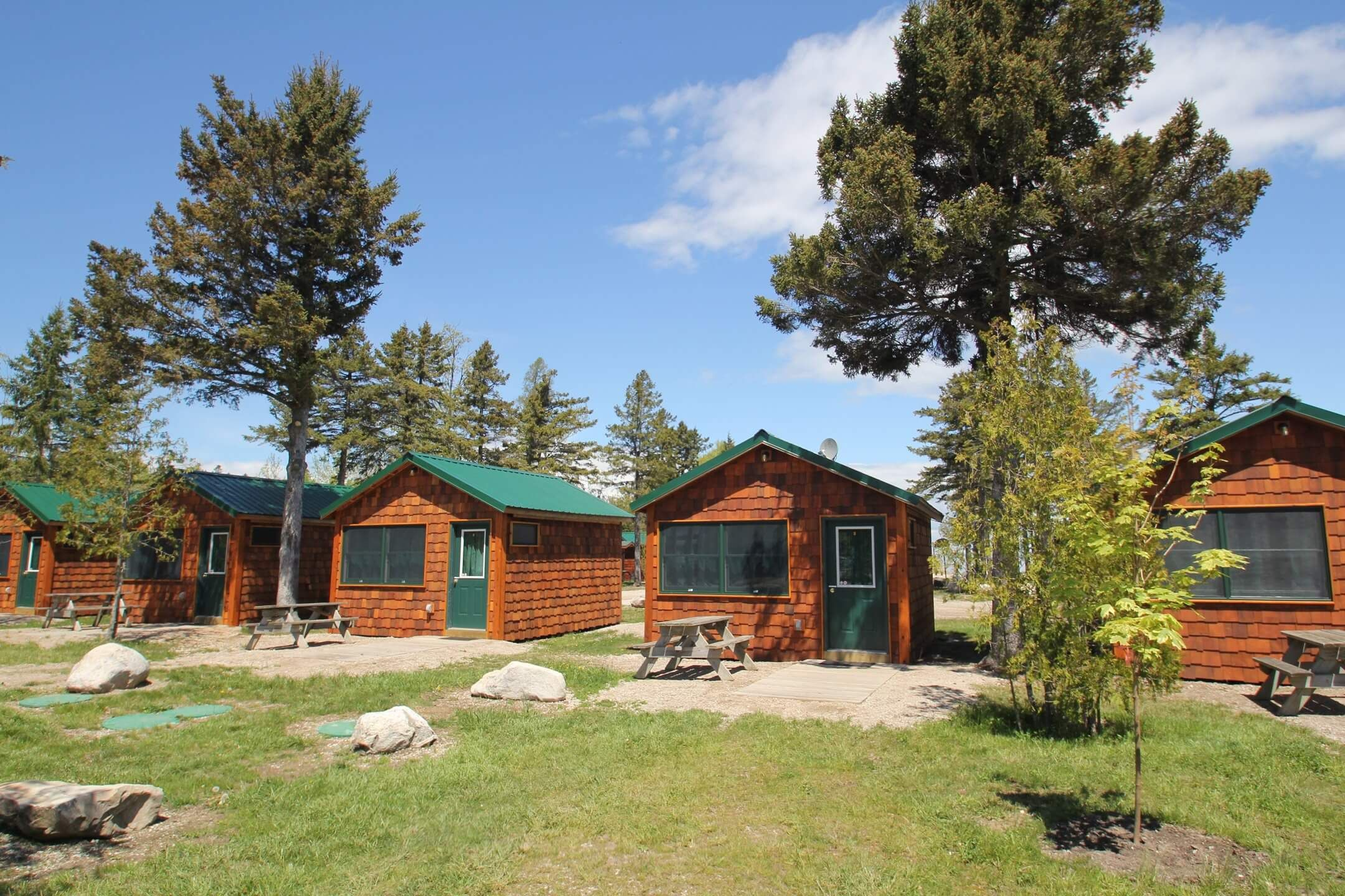 pines cabin resort rent lake paradise for mackinaw availability michigan cabins in cottages of