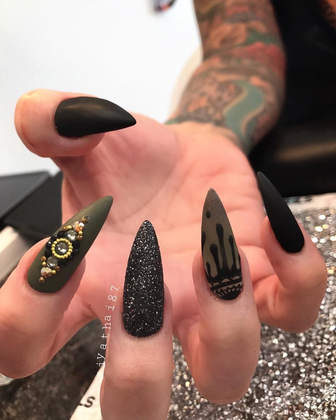 3,039 Likes, 5 Comments - Riya\'s Nails Salon (@riyathai87) on ...