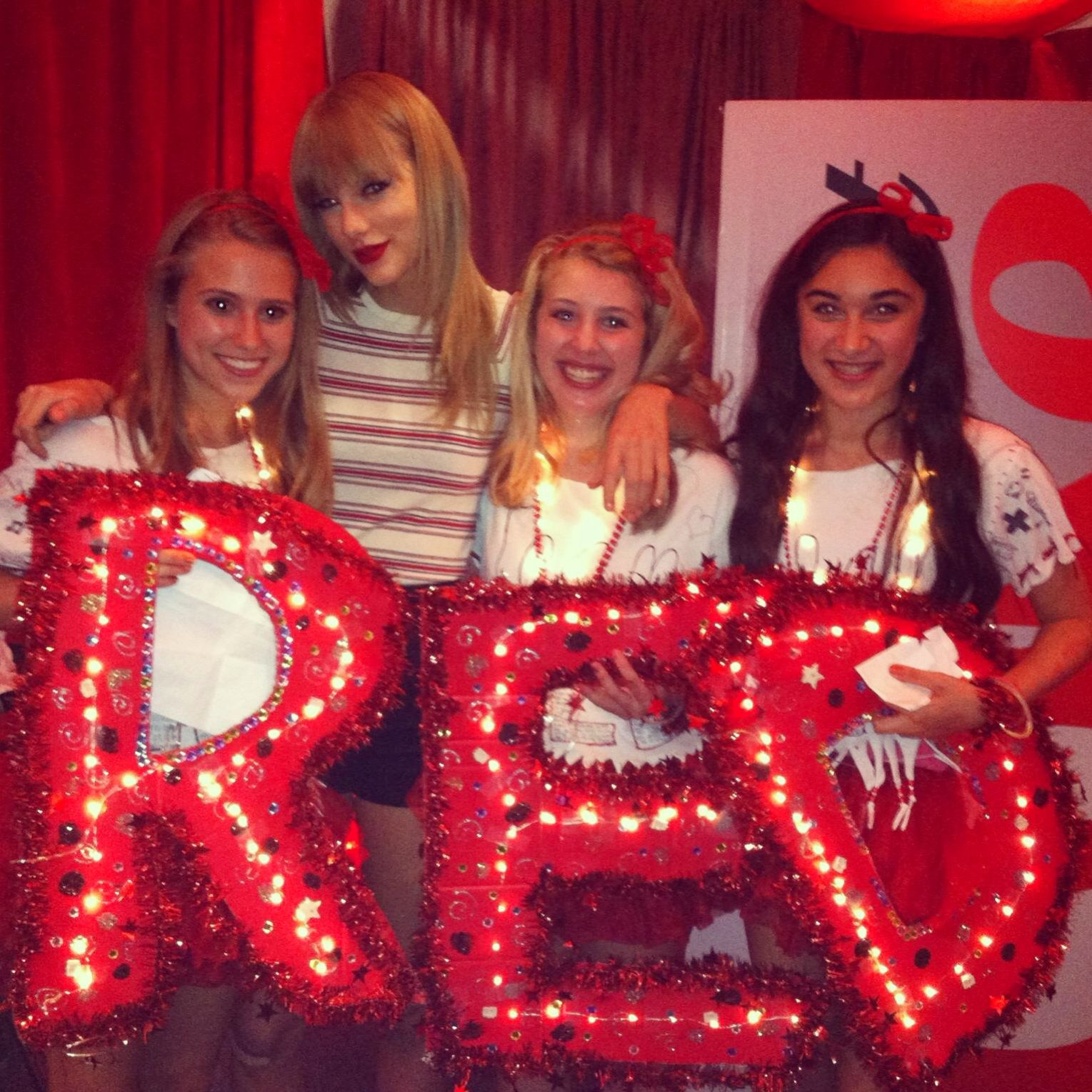 Taylor swift club red june 15th toronto that was the night i went taylor swift club red june 15th toronto that was the night i went to the kristyandbryce Images