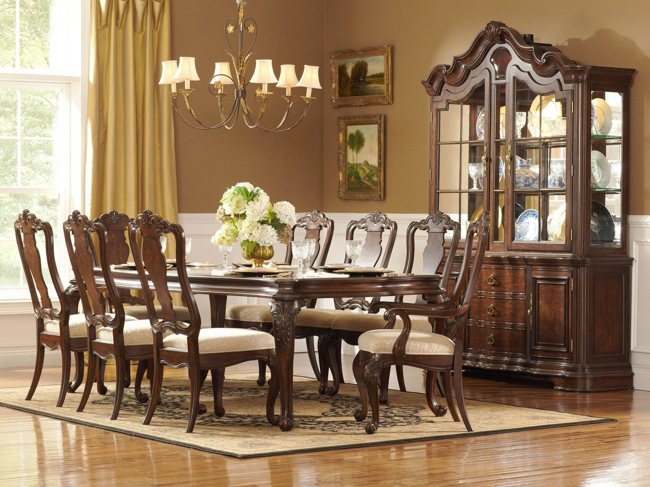 With dining room sets small traditional dining room for Formal dining room table decor