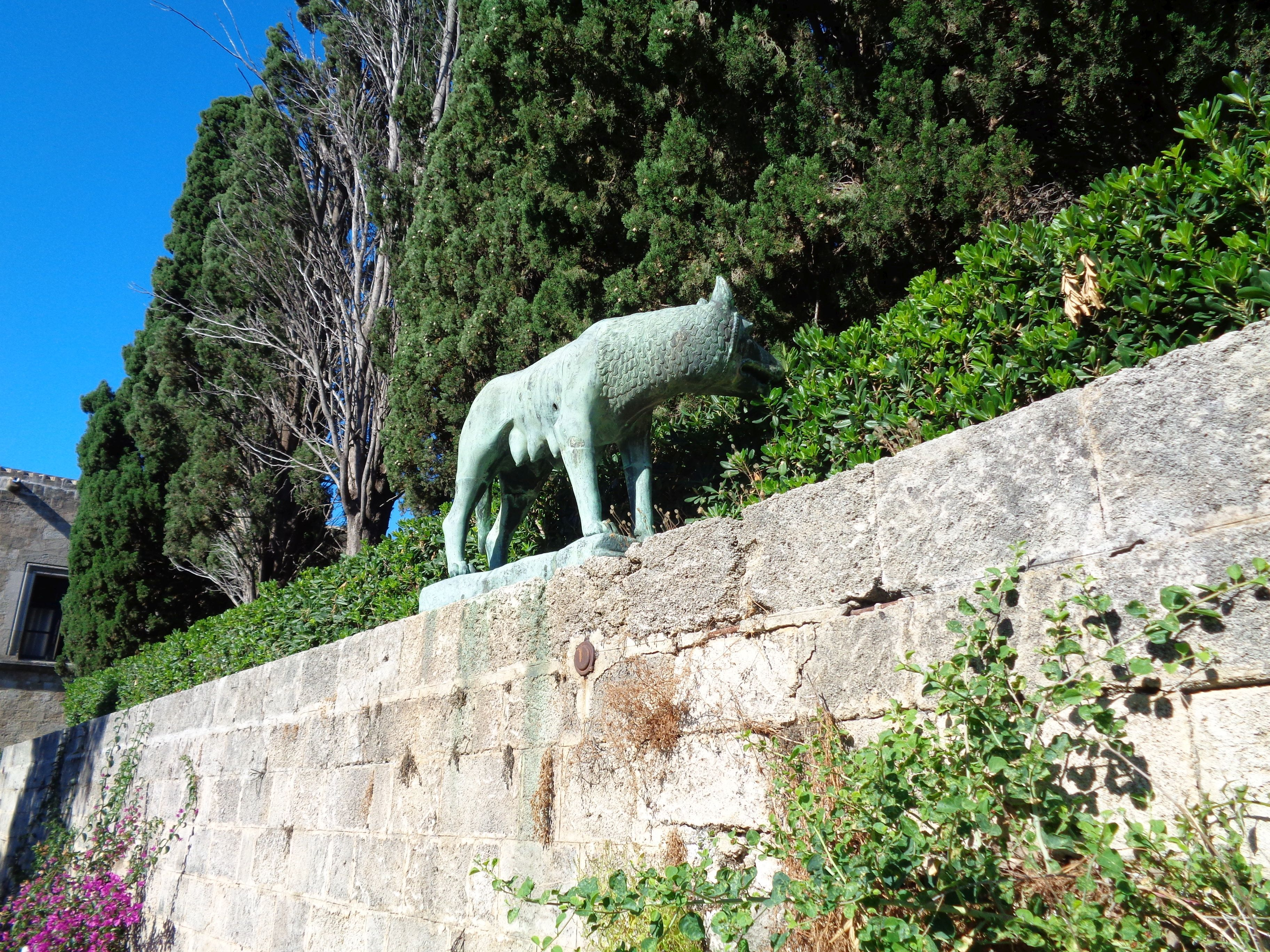 I can well imagine that where the Roman Wolf is, Helios looked at the ports of Rhodes.