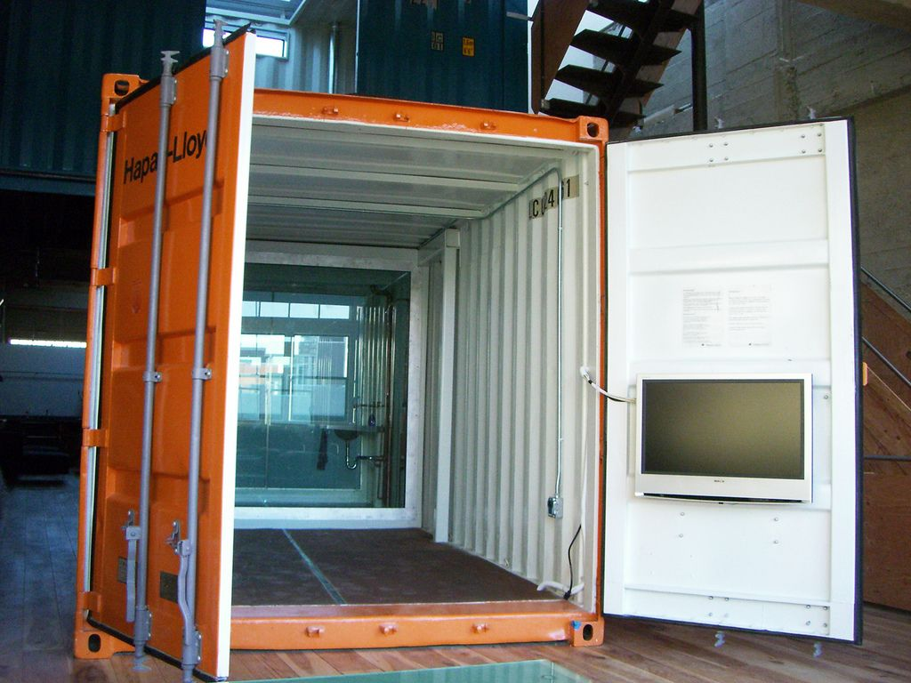 Shipping container homes what to know before building shipping container homes pinterest - Benefits of shipping container homes ...