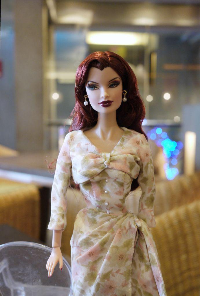 Veronique, She Means Business, 2005
