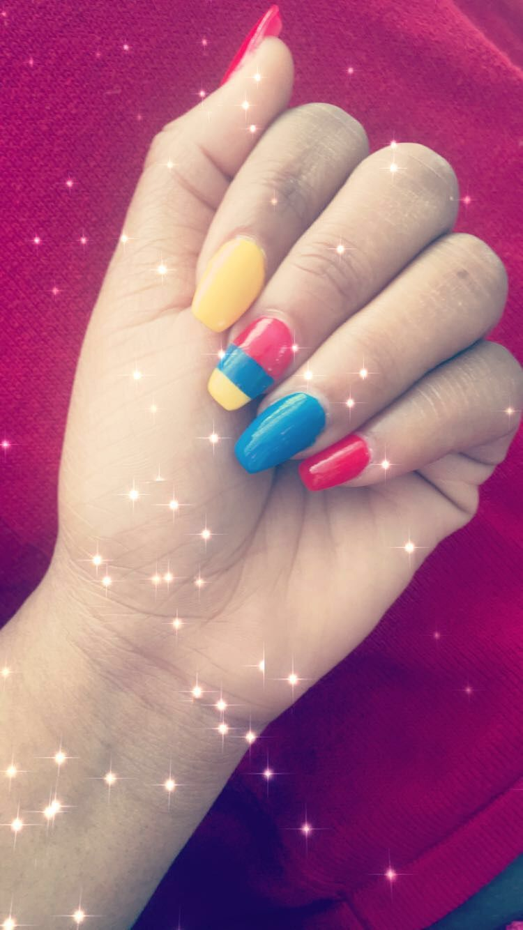 Primary Color Nails #nails #red #blue #yellow #90sfashion ...