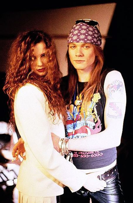 Pin By Sarah Thompson On Guns N Roses Axl Rose Erin Everly Guns N Roses