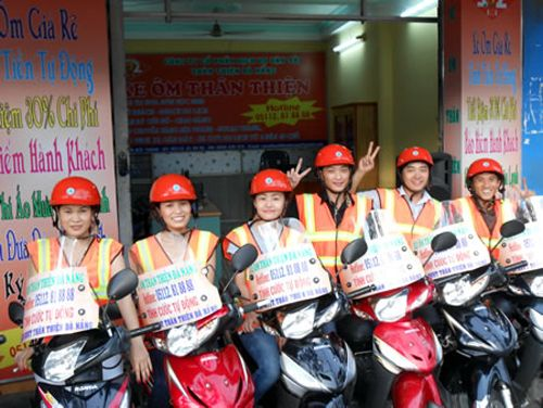 Xe ôm tại sân bay Đà Nẵng