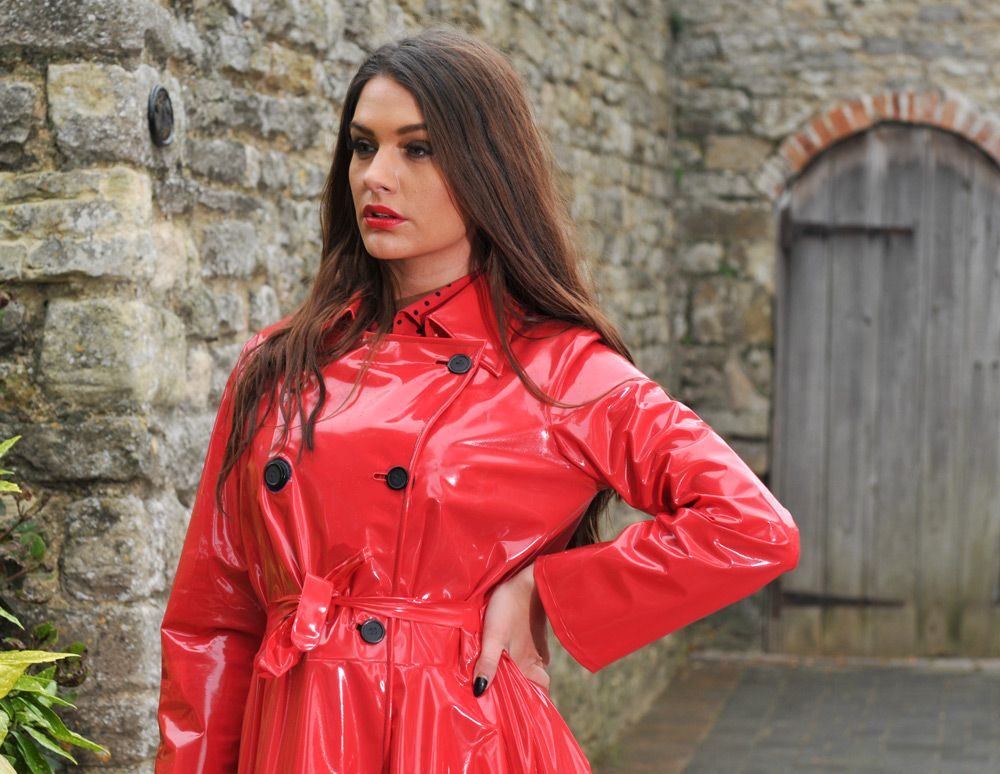 Red PVC Raincoat | Red delight | Pinterest | Pvc raincoat ...