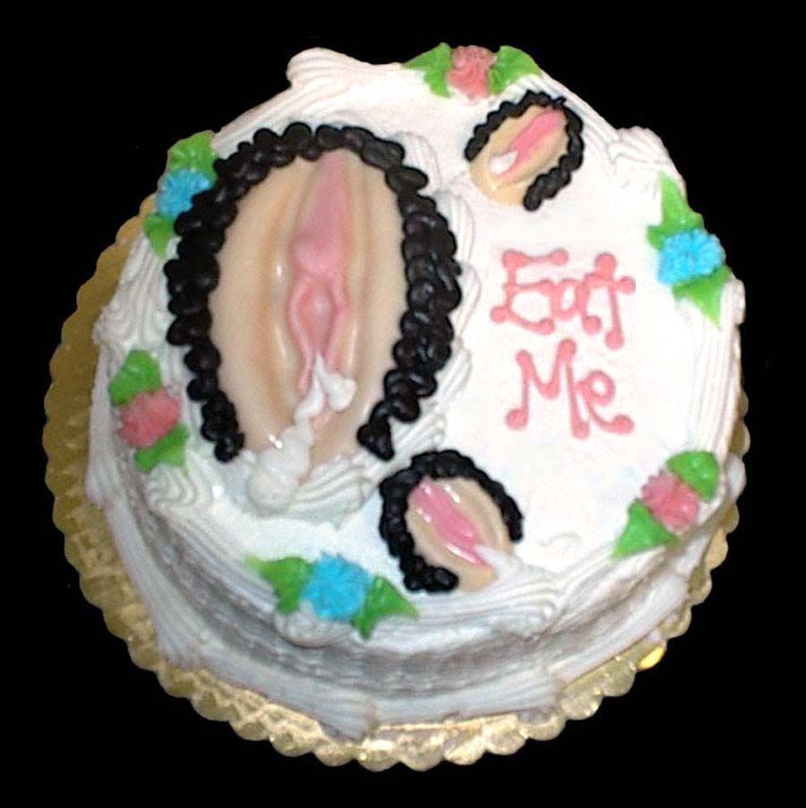 Eat Me Sexy Cakes Hot Chocolate Over The Top No Bake Cake