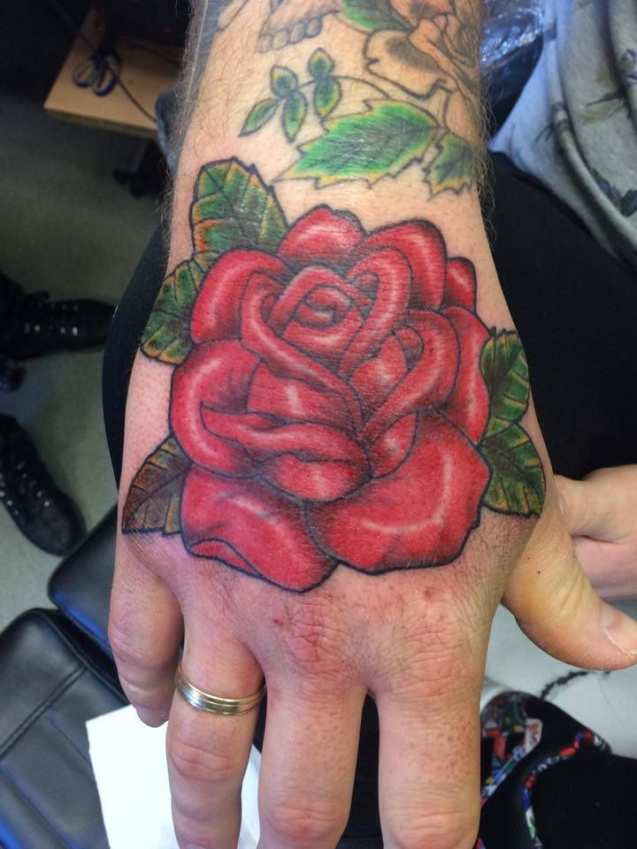 Old School Hand Tattoo Old School Rose Red Rose Rose On Hand