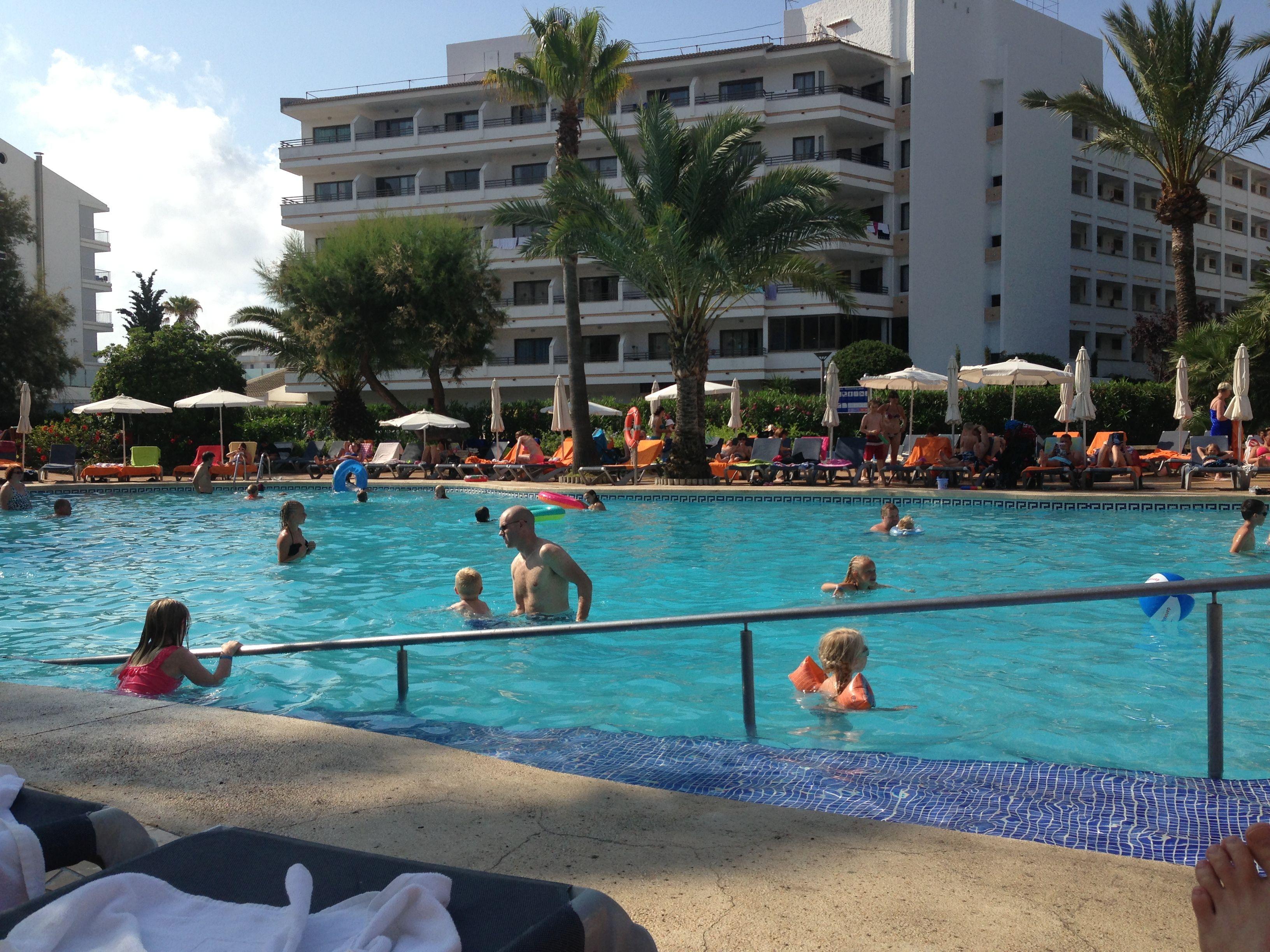 Poolside, Viva Sunrise.