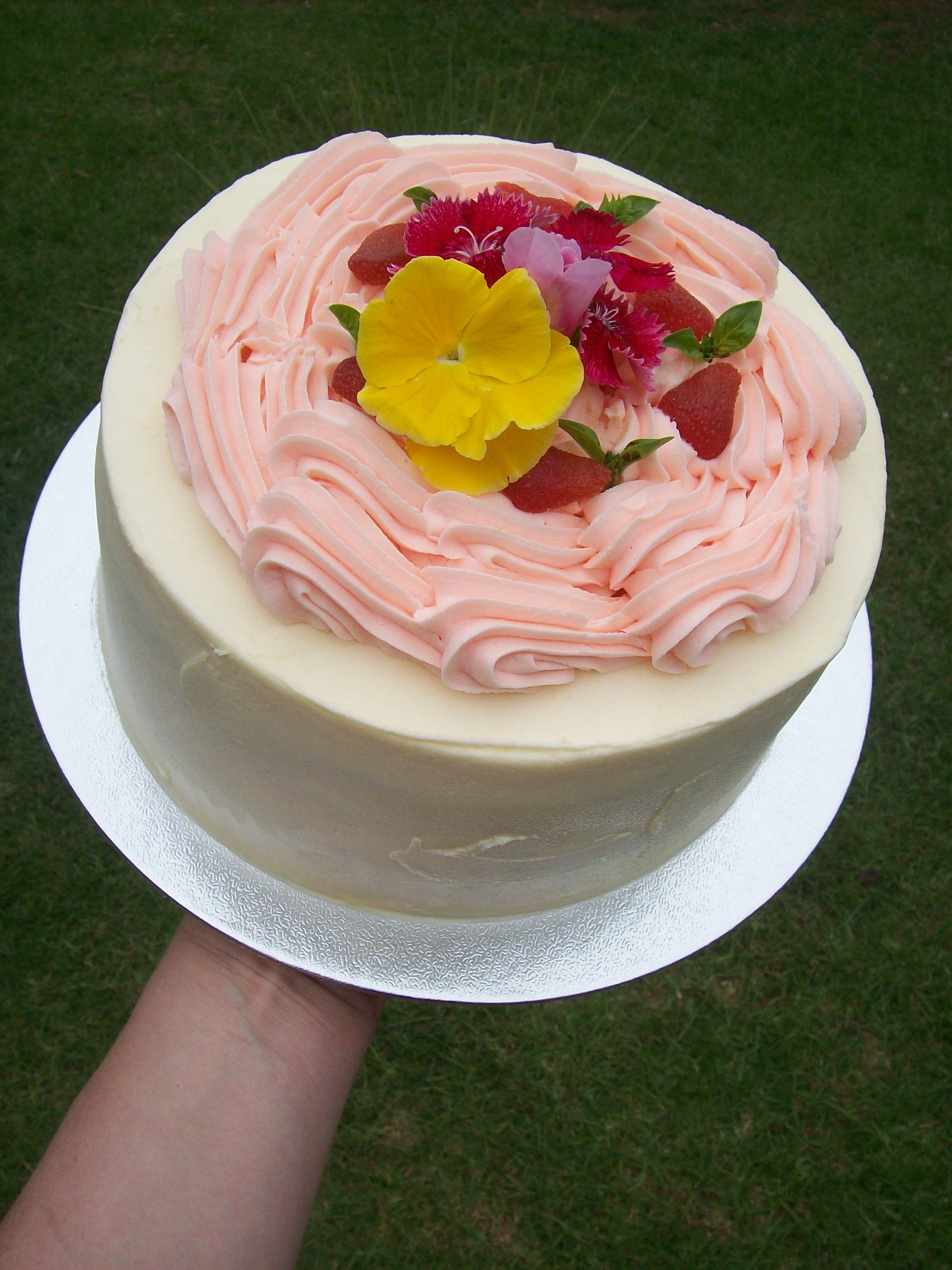 Buttercream Birthday Cakes Auckland 85 Flowers May Vary 21st