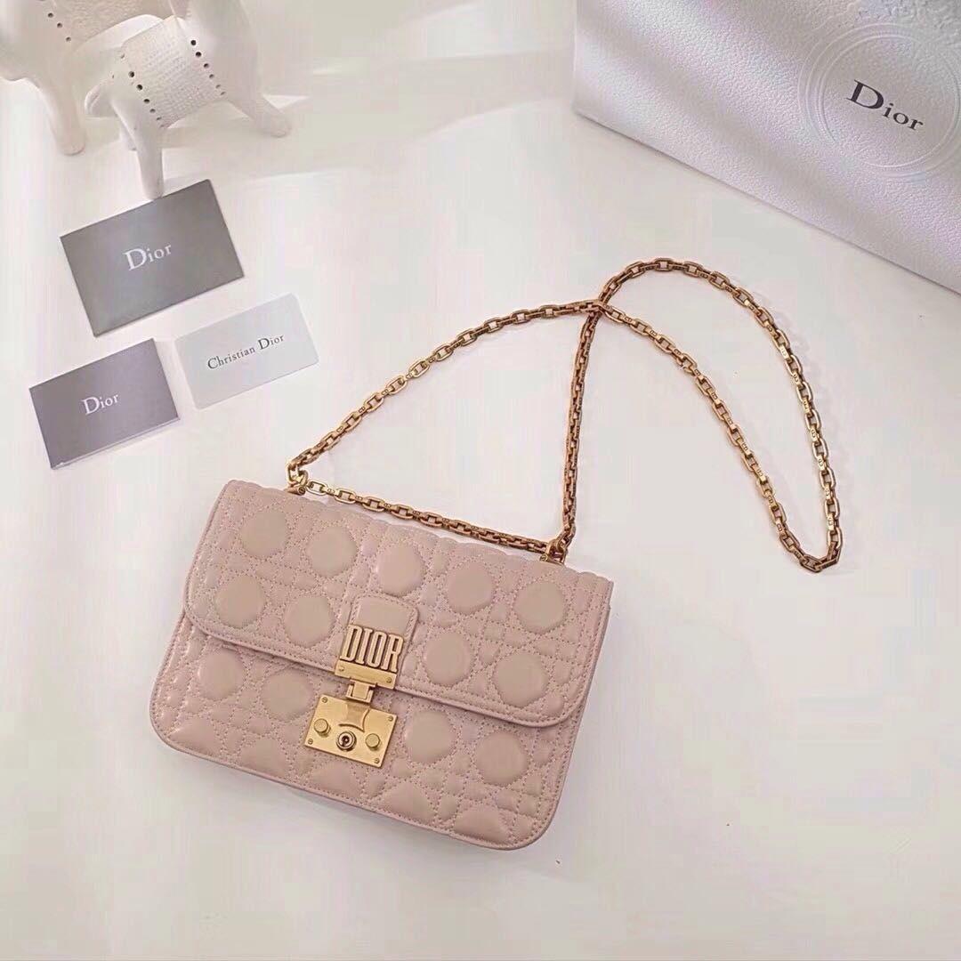 83b6ee6487 Christian dior addict pink Tumblr Christian Dior Addict, Dior Bags, Kate  Spade, Dior