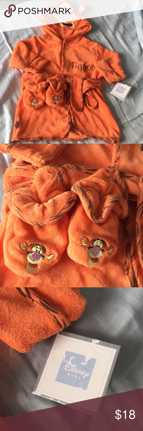 Tiger 🐯 bathrobe Brand new Tiger 🐯 bathrobe size 0-9 months. Come with slippers   Ask questions. No trades Disney Other