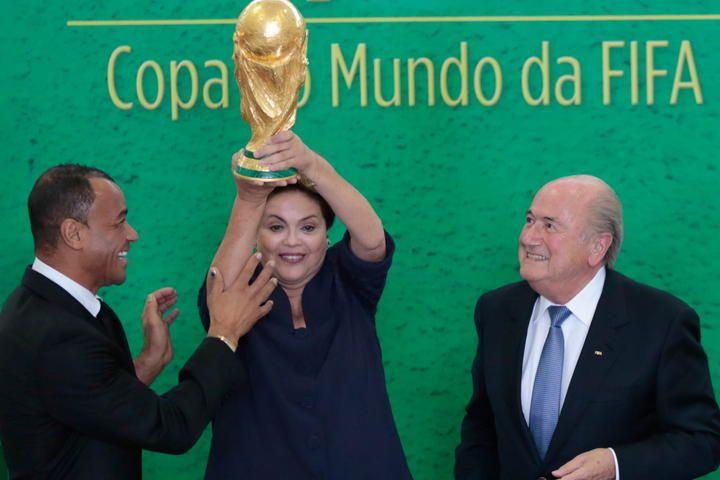 Reponde Rousseff a insultos  - http://notimundo.com.mx/deportes/mundo-deportes-reponde-rousseff-a-insultos-257